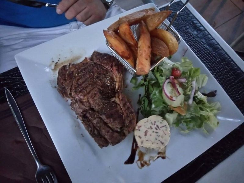 Le Restaurant - Le Serac - Istres